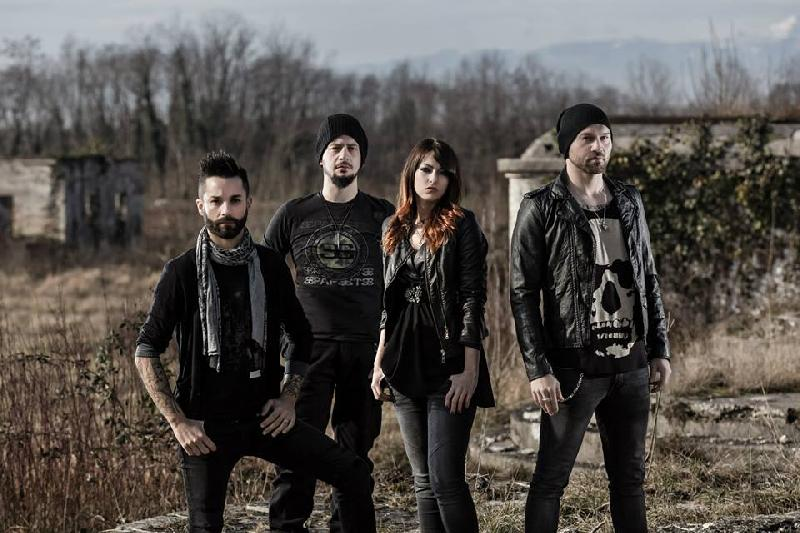 "STARSICK SYSTEM: lyric video per ""Pull The Trigger"""