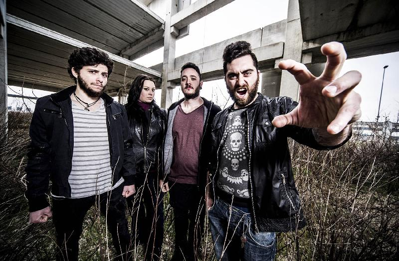 "TRUE LIE: il video di ""Just For A While"""