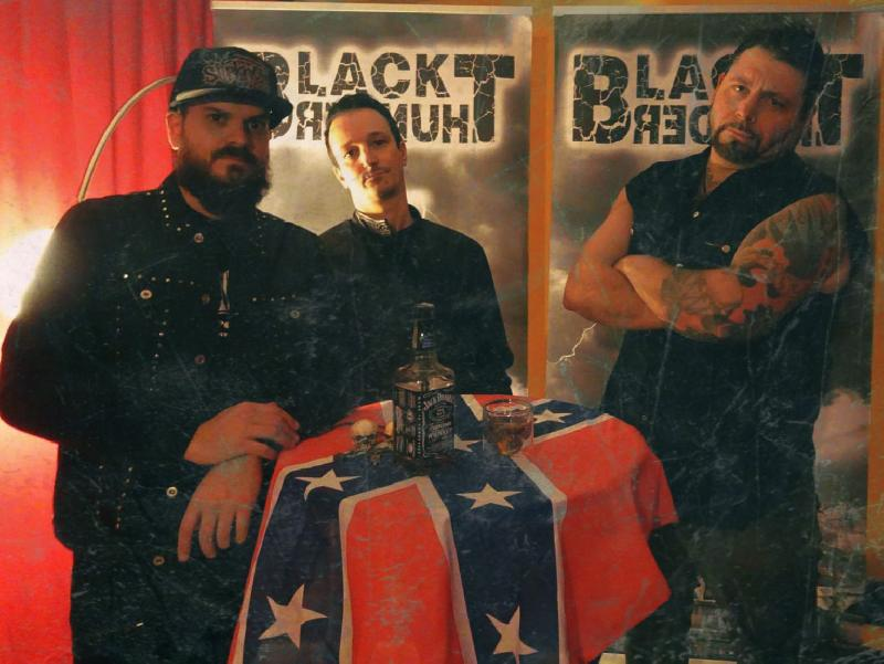 BLACK THUNDER: firmano con Rock On Agency